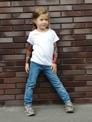 Белая футболка с тату рукавами SAM PHILLIPS Japan детская